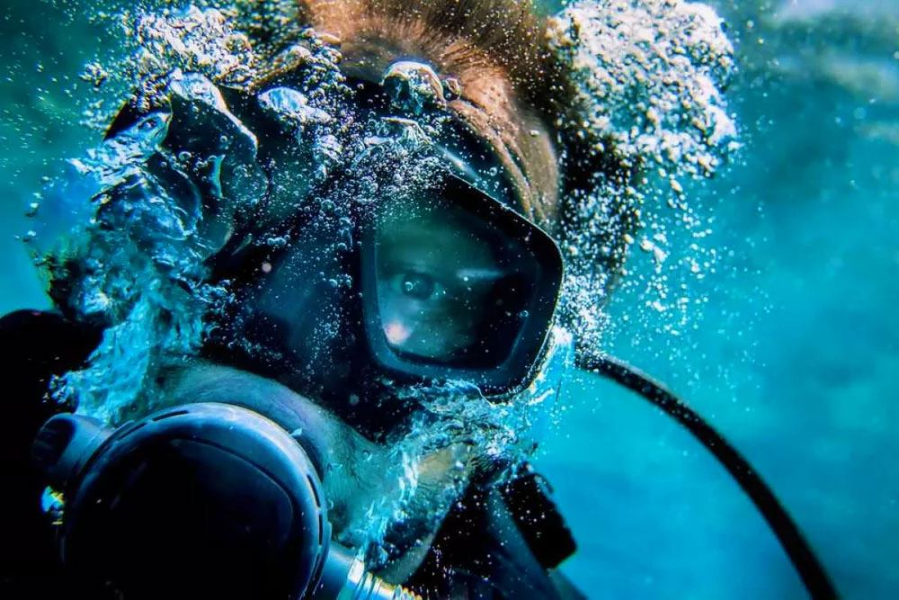 Get Your Beginner Scuba Certification At Macs Sports